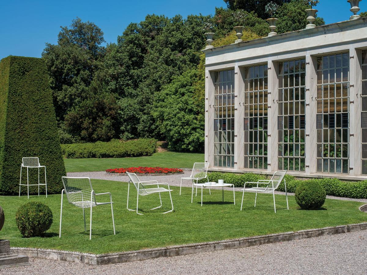 Moderne Garten Deko Silberkugel aus Edelstahl D 7 cm auf Stab Höhe 75 cm