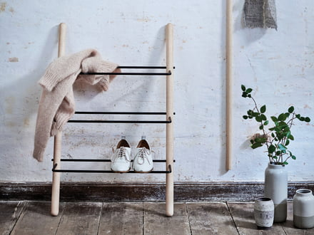 Stick shoe rack made of oiled ash / black by Norrmade