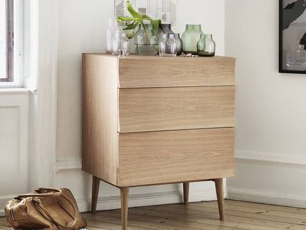 Unique design of the Muuto Reflect dresser, by Søren Rose