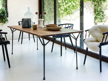 Magis - Officina dining table, black / ash