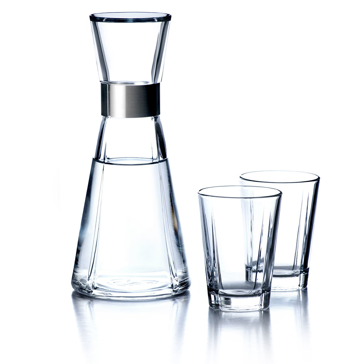 rosendahl grand cru water carafe glasses. Black Bedroom Furniture Sets. Home Design Ideas