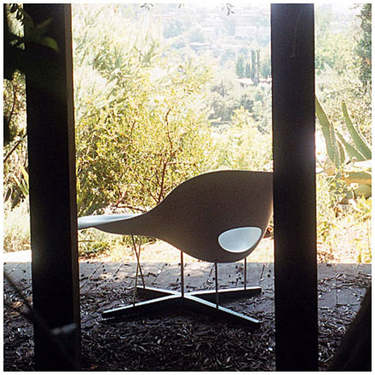 la chaise vitra shop. Black Bedroom Furniture Sets. Home Design Ideas