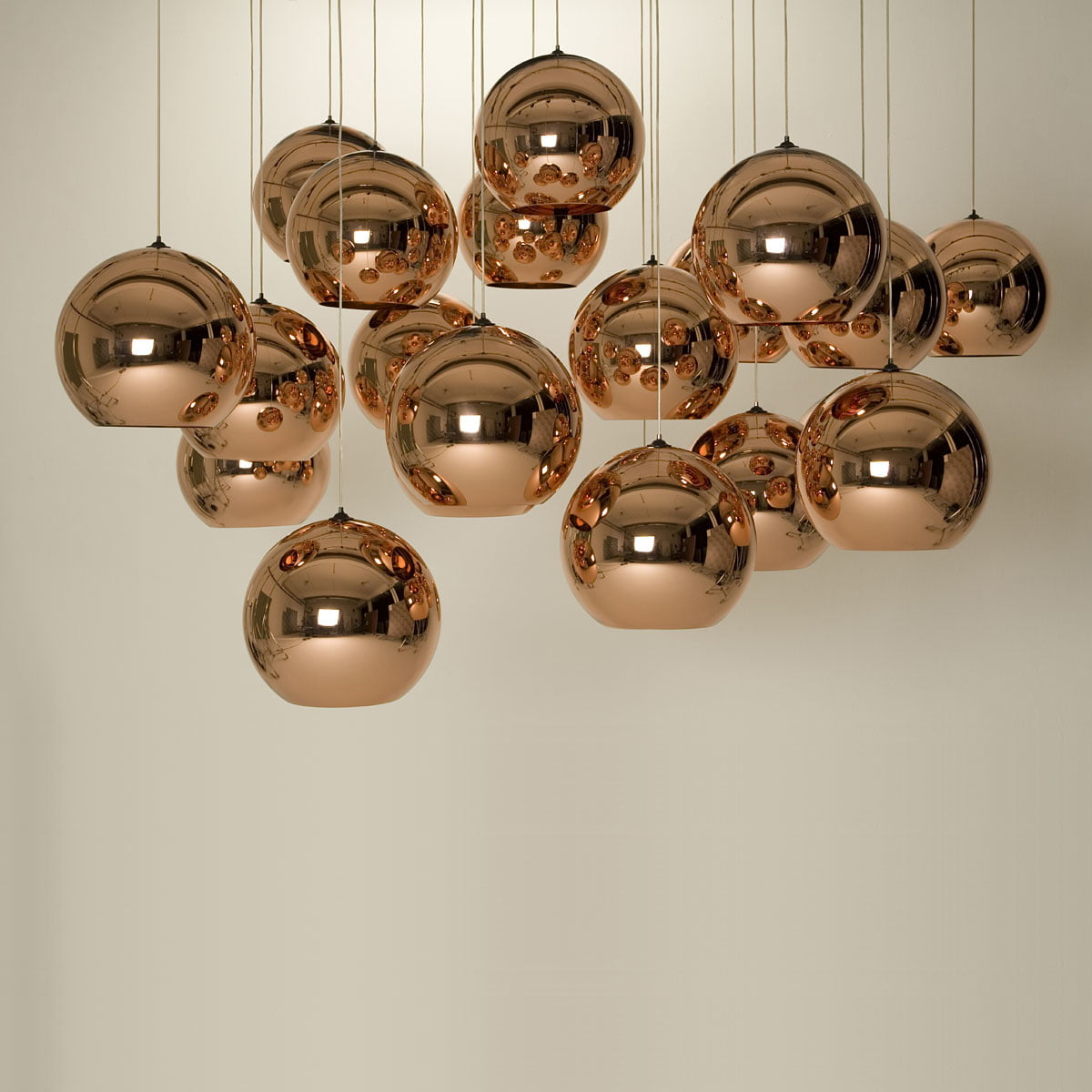 Copper pendant lamp by tom dixon in the shop for Luminaire suspension