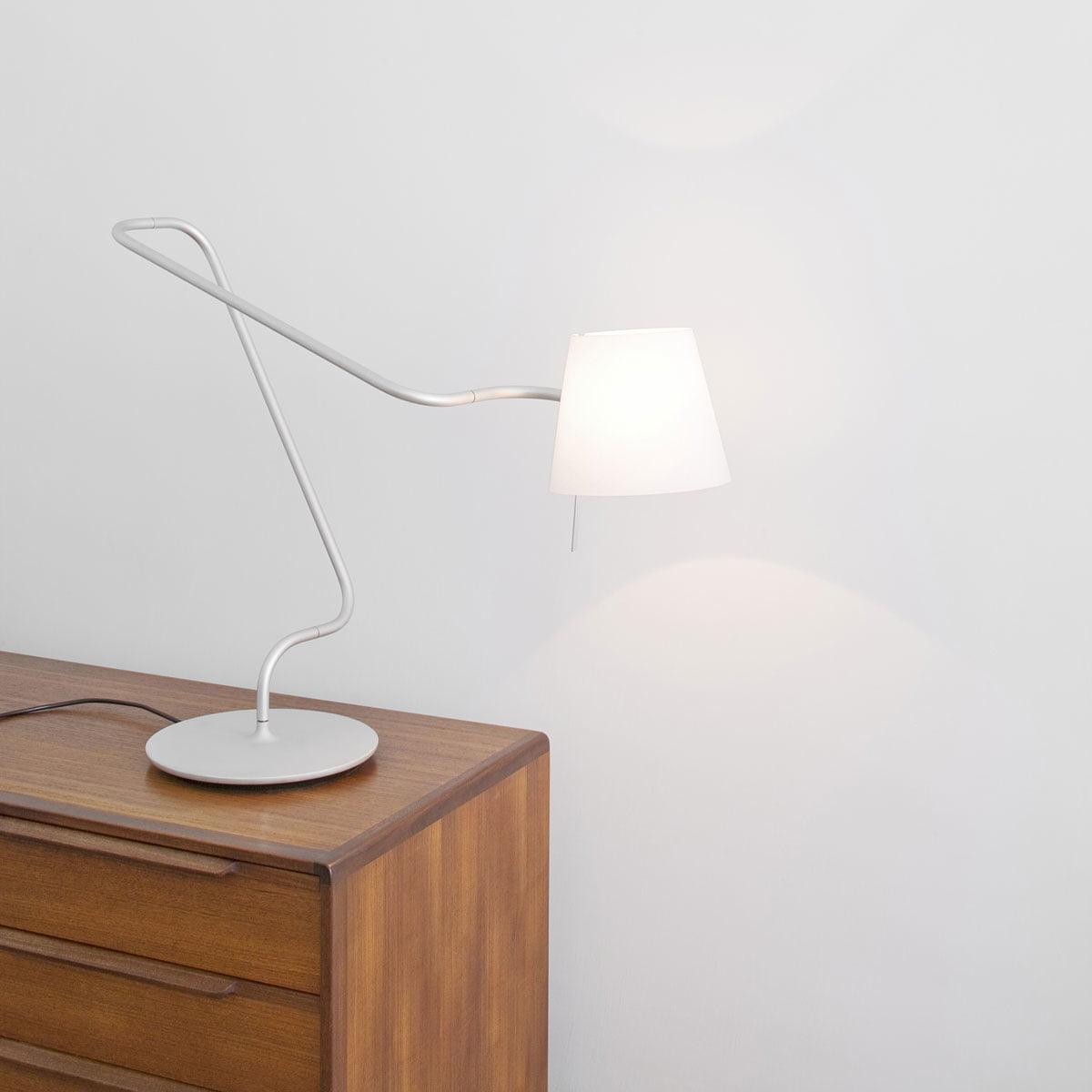 elane reading lamp serien lighting shop. Black Bedroom Furniture Sets. Home Design Ideas