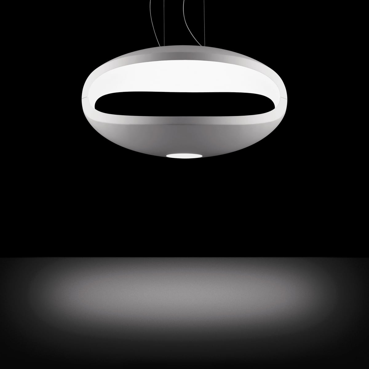 o space pendant lamp by foscarini. Black Bedroom Furniture Sets. Home Design Ideas