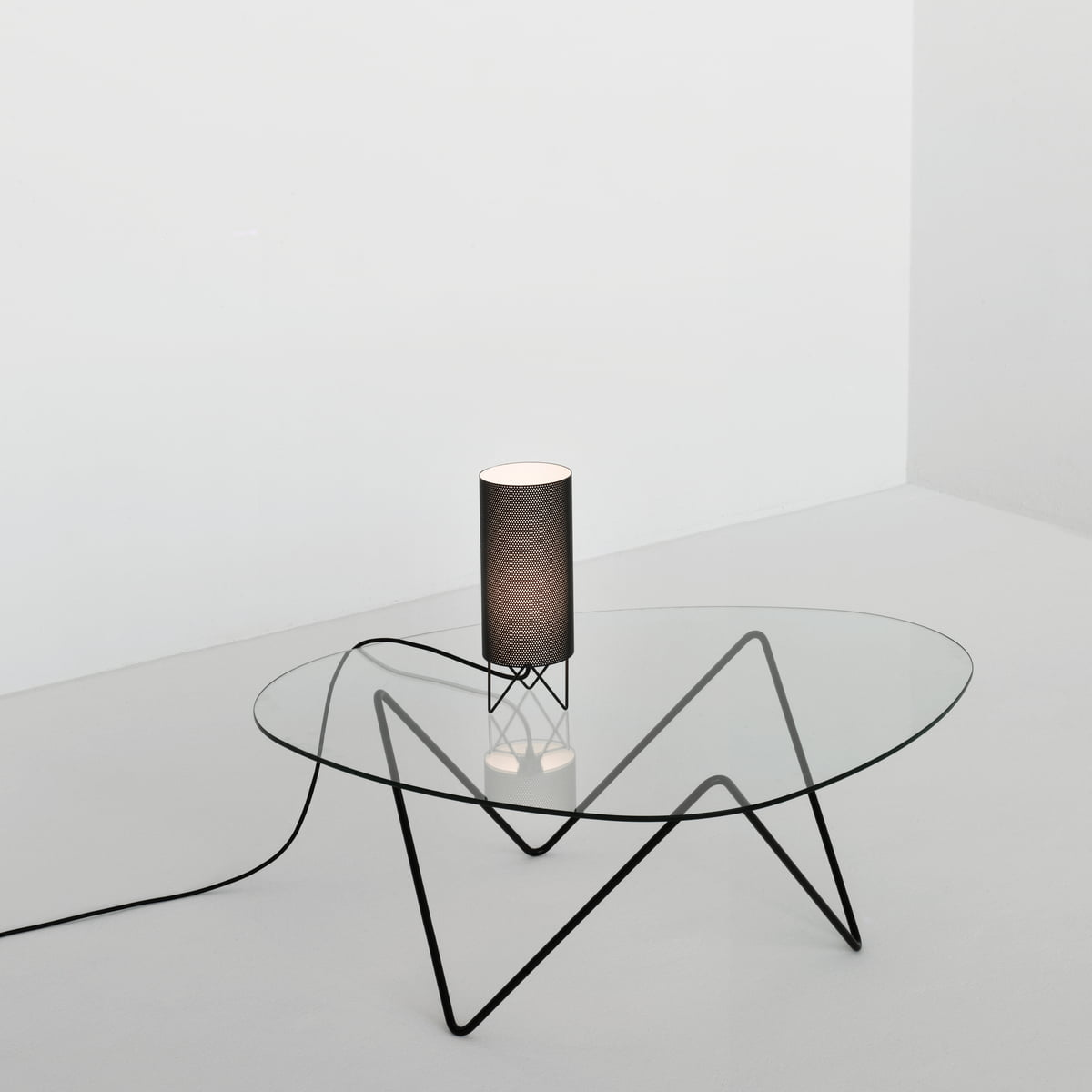 Sophisticated Design Lighthearted Atmosphere Gubi Pedrera Coffe Table And Lamp Pd1