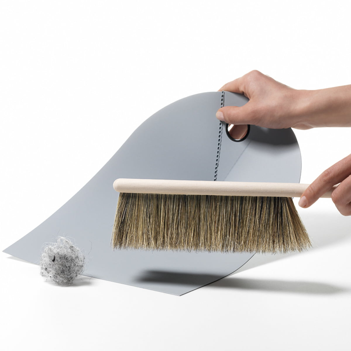 normann copenhagen dustpan and brush. Black Bedroom Furniture Sets. Home Design Ideas
