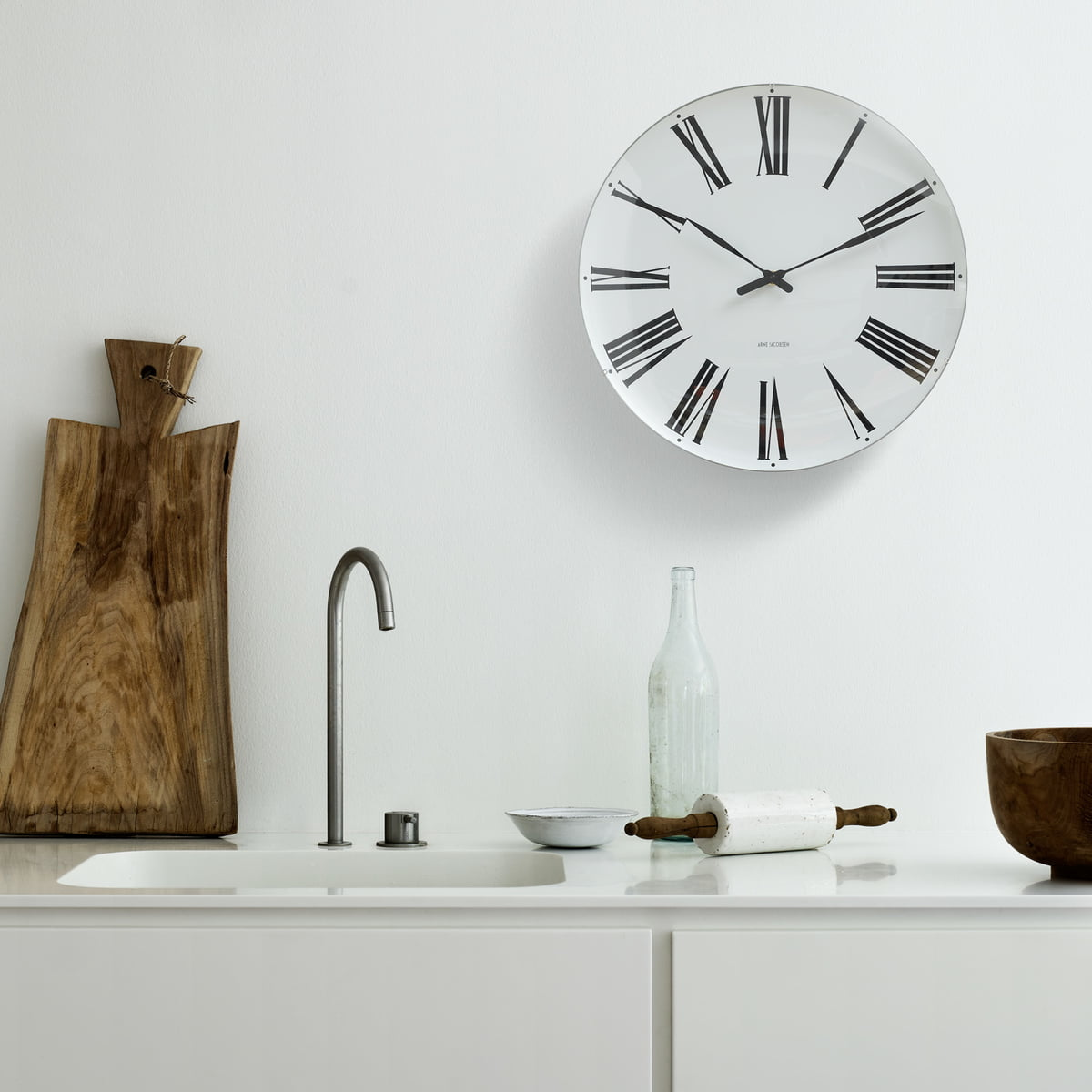 aj roman wall clock by rosendahl in the shop. Black Bedroom Furniture Sets. Home Design Ideas