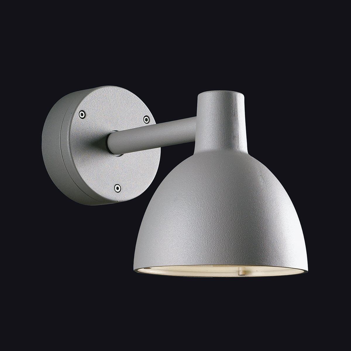 toldbod 155 wall lamp by louis poulsen. Black Bedroom Furniture Sets. Home Design Ideas