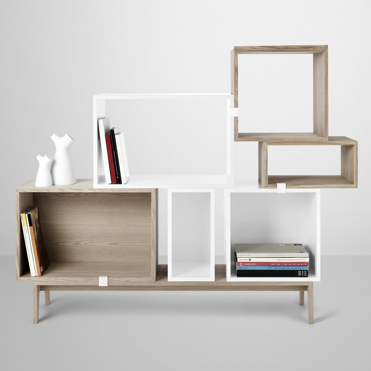 Muuto Regal muuto stacked shelving system white