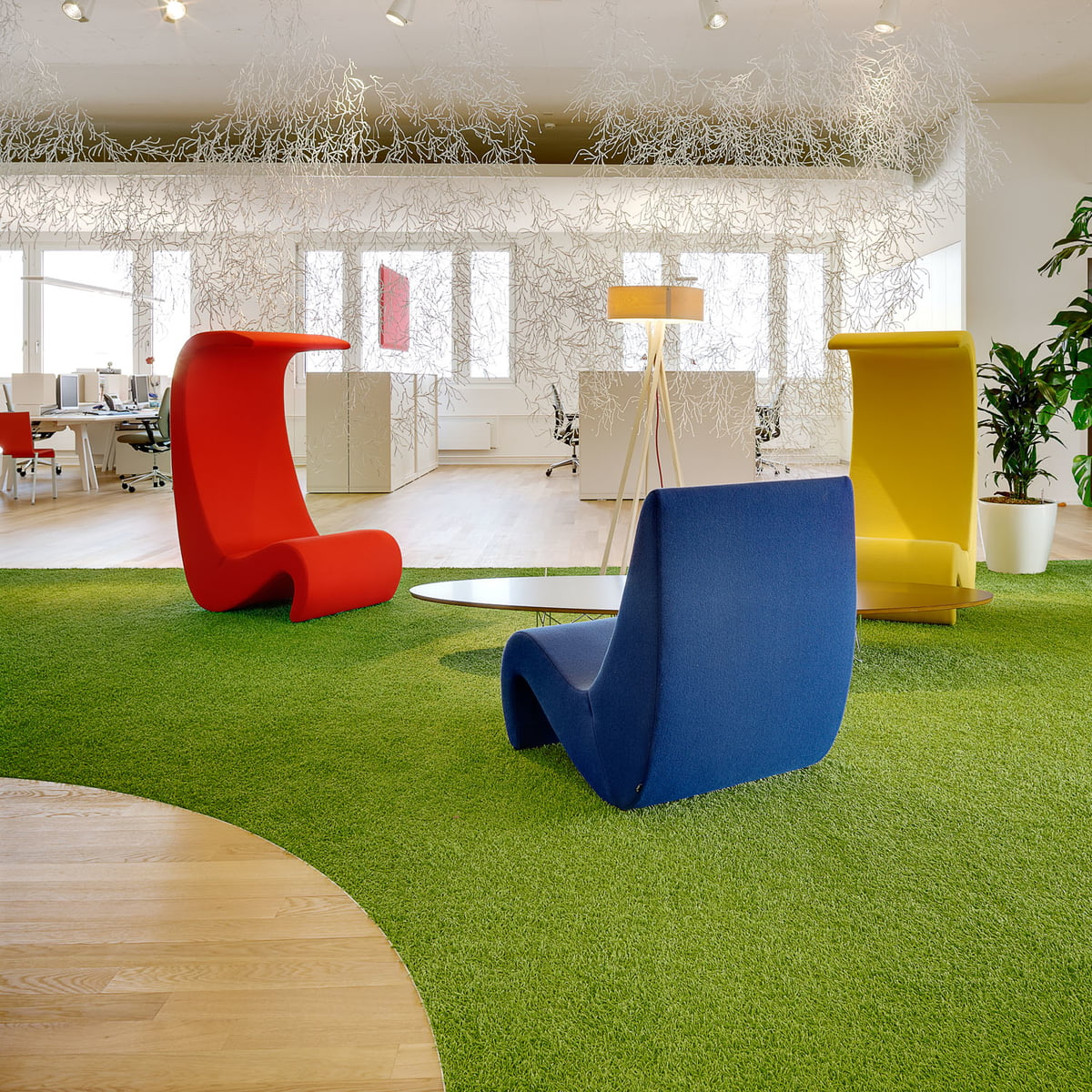 Amoebe Highback by Vitra in the home design shop