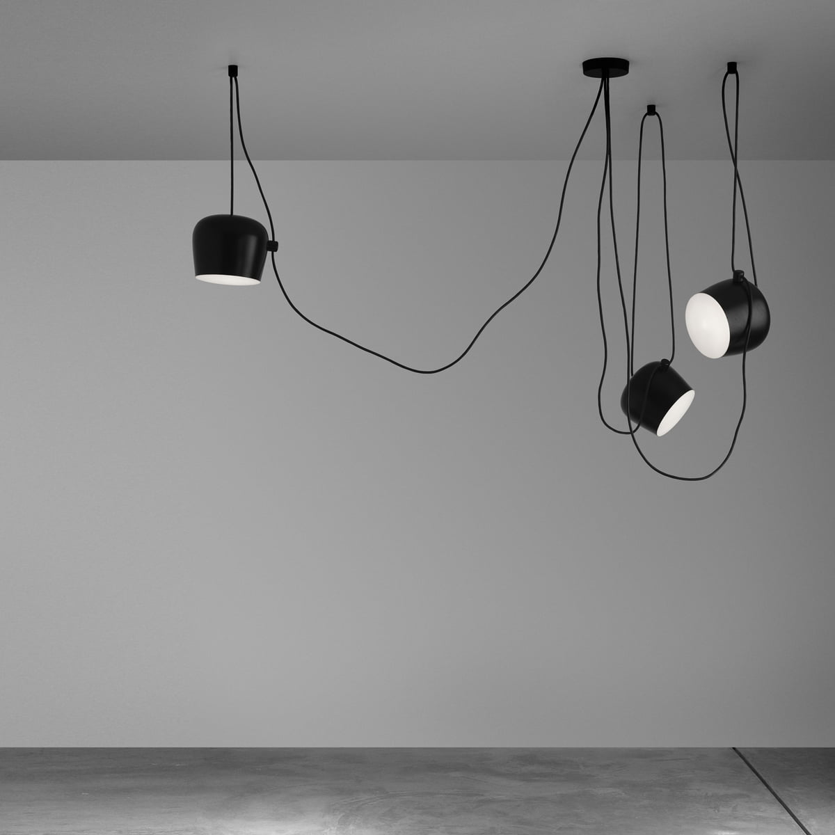 Aim pendant lamp by flos in the design shop for Luminaire suspension 4 lampes