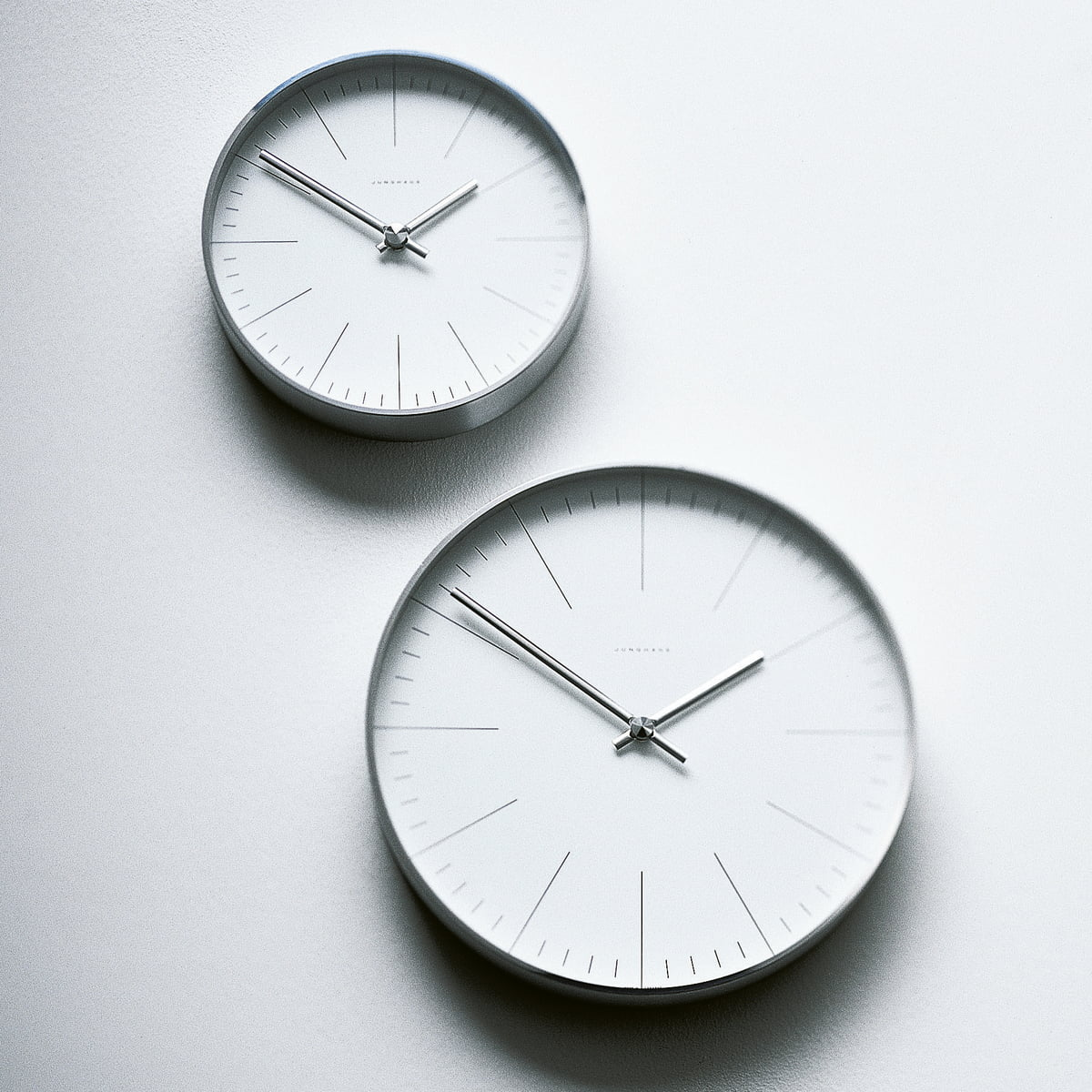 junghans wall clocks line by max bill. Black Bedroom Furniture Sets. Home Design Ideas