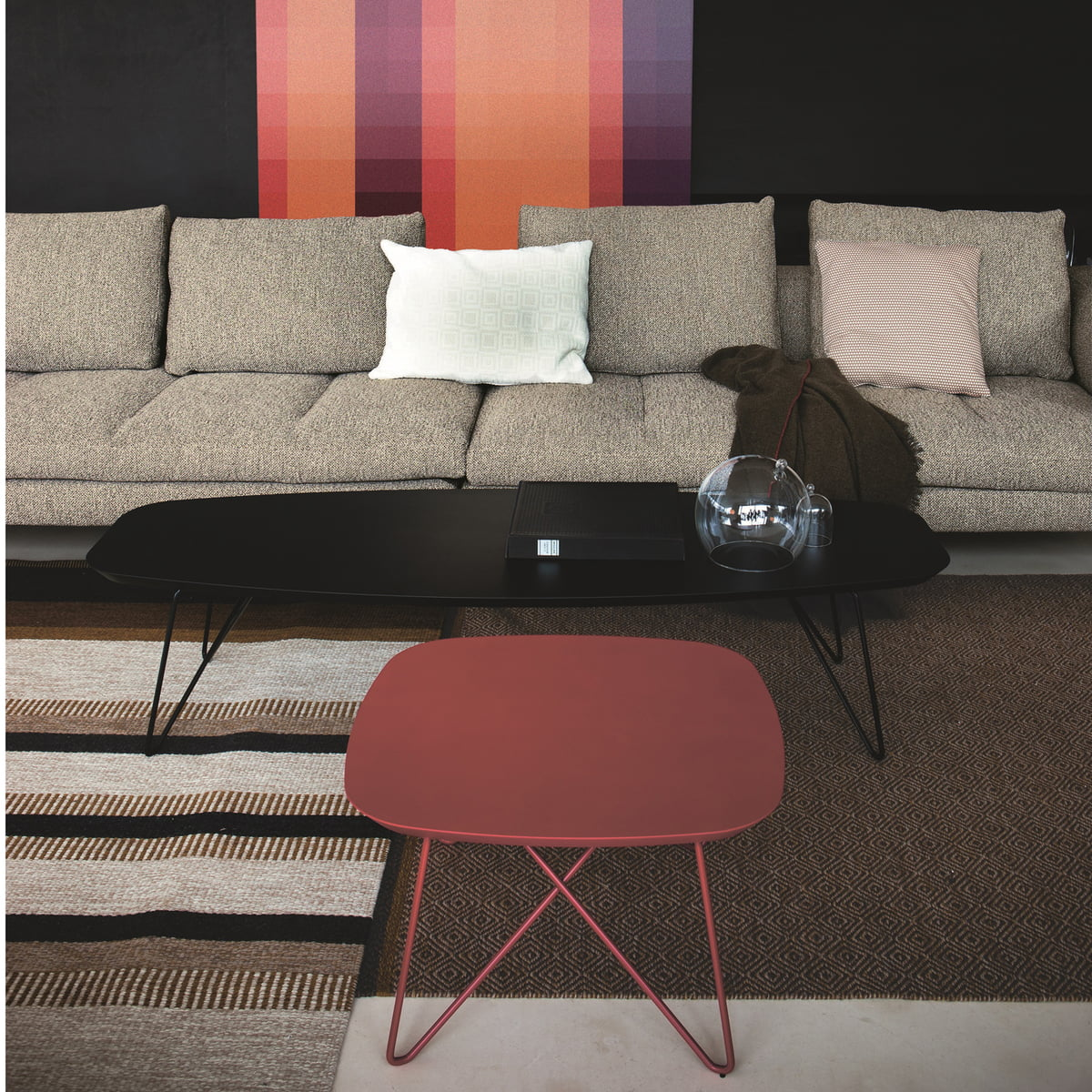 Zanotta ink couch table im shop zanotta ink side table 160 h35 black 60 red keyboard keysfo Image collections