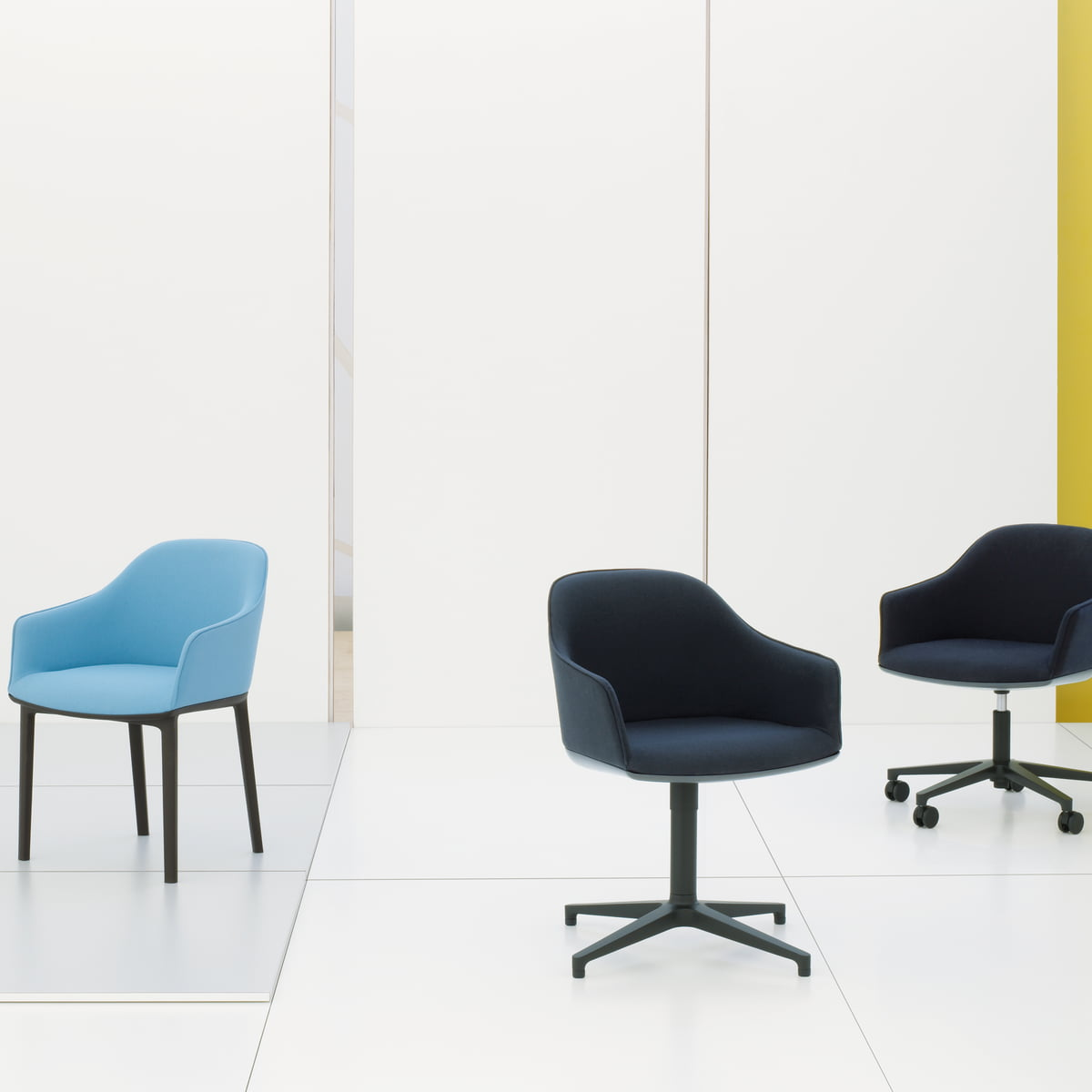 The softshell chair by vitra in the shop for Boutique vitra