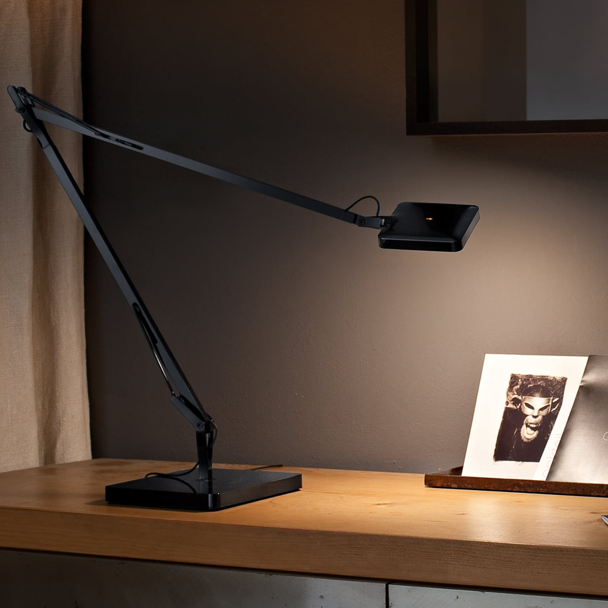 Best Color Temp For Shop Lights: Kelvin LED Table Lamp By Flos In The Shop