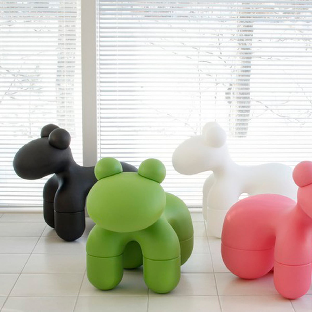 Studio Aarnio   Pony Chair