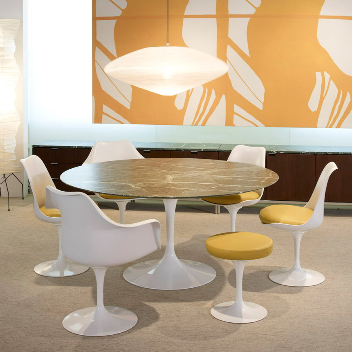 the saarinen tulip stool from knoll. Black Bedroom Furniture Sets. Home Design Ideas