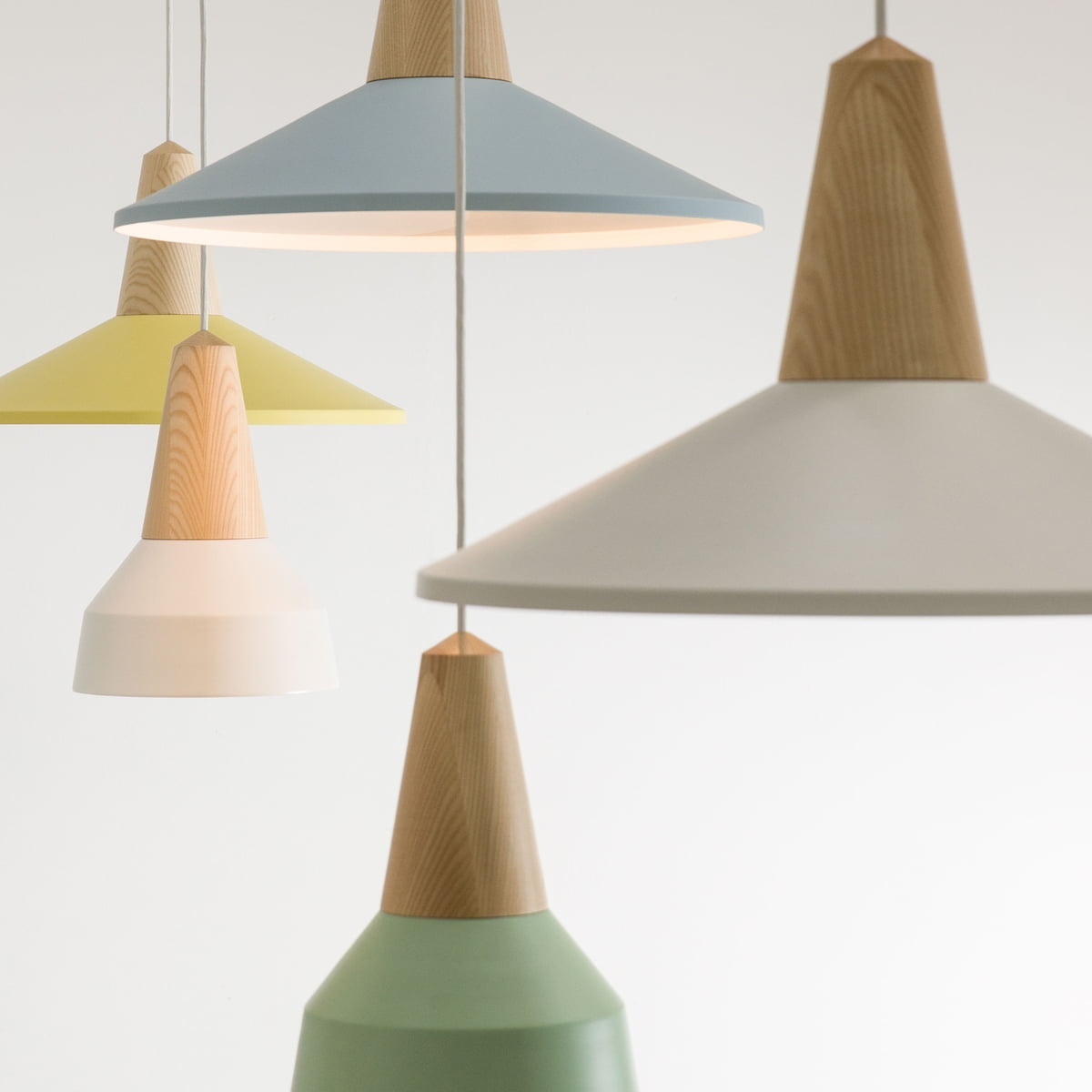 The Eikon Basic Pendant Lamp by Schneid