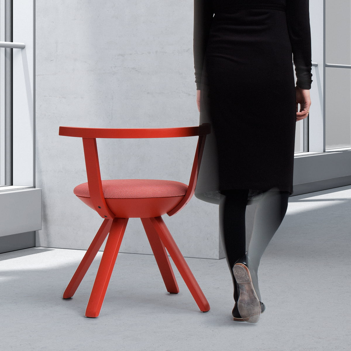 Artek - KG001 Rival Chair red & The Rival Chair by Artek in our interior design shop