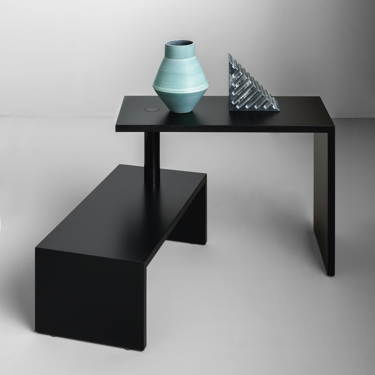 the basello couch table by zanotta. Black Bedroom Furniture Sets. Home Design Ideas