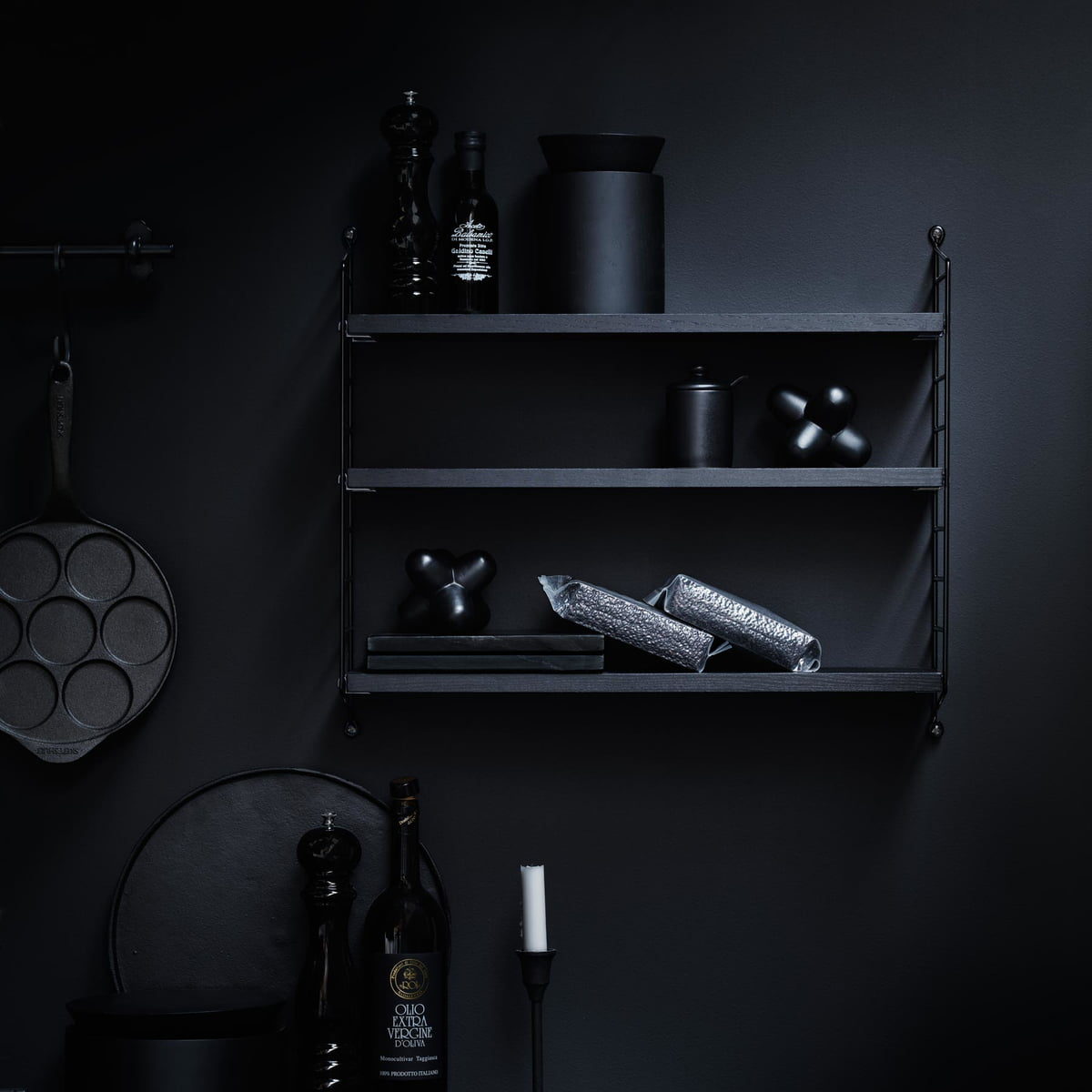 buy the string pocket shelf connox shop. Black Bedroom Furniture Sets. Home Design Ideas