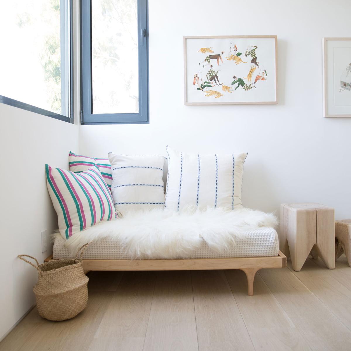 caravan junior bed of kalon in the shop. Black Bedroom Furniture Sets. Home Design Ideas
