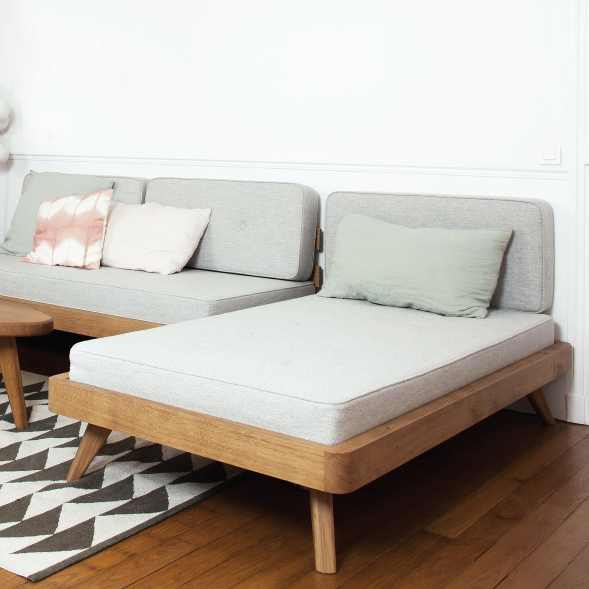 Flexible Sofa U0026 Daybed In One