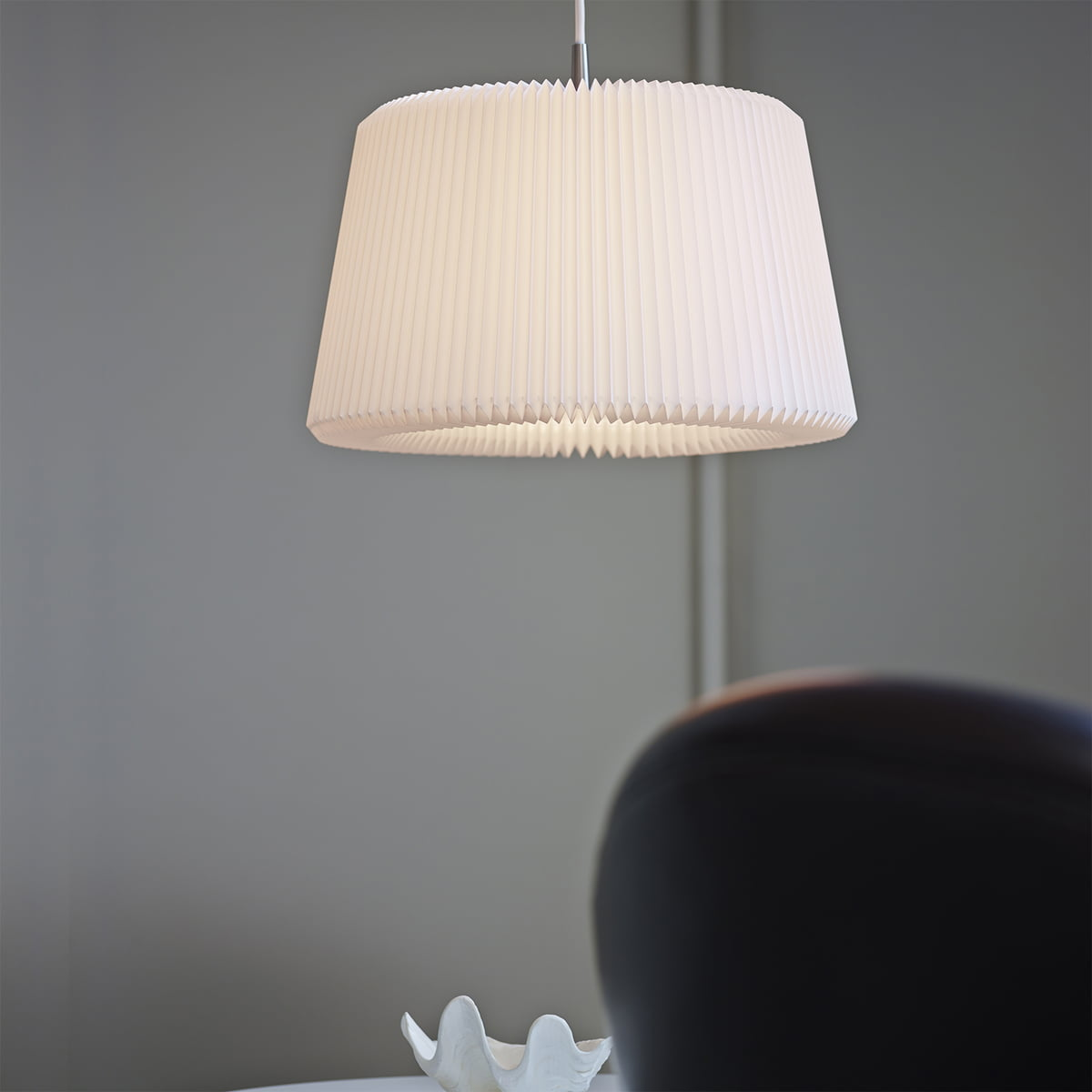 Soft lighting from Le Klint & Buy the Snowdrop Pendant Lamp from Le Klint azcodes.com