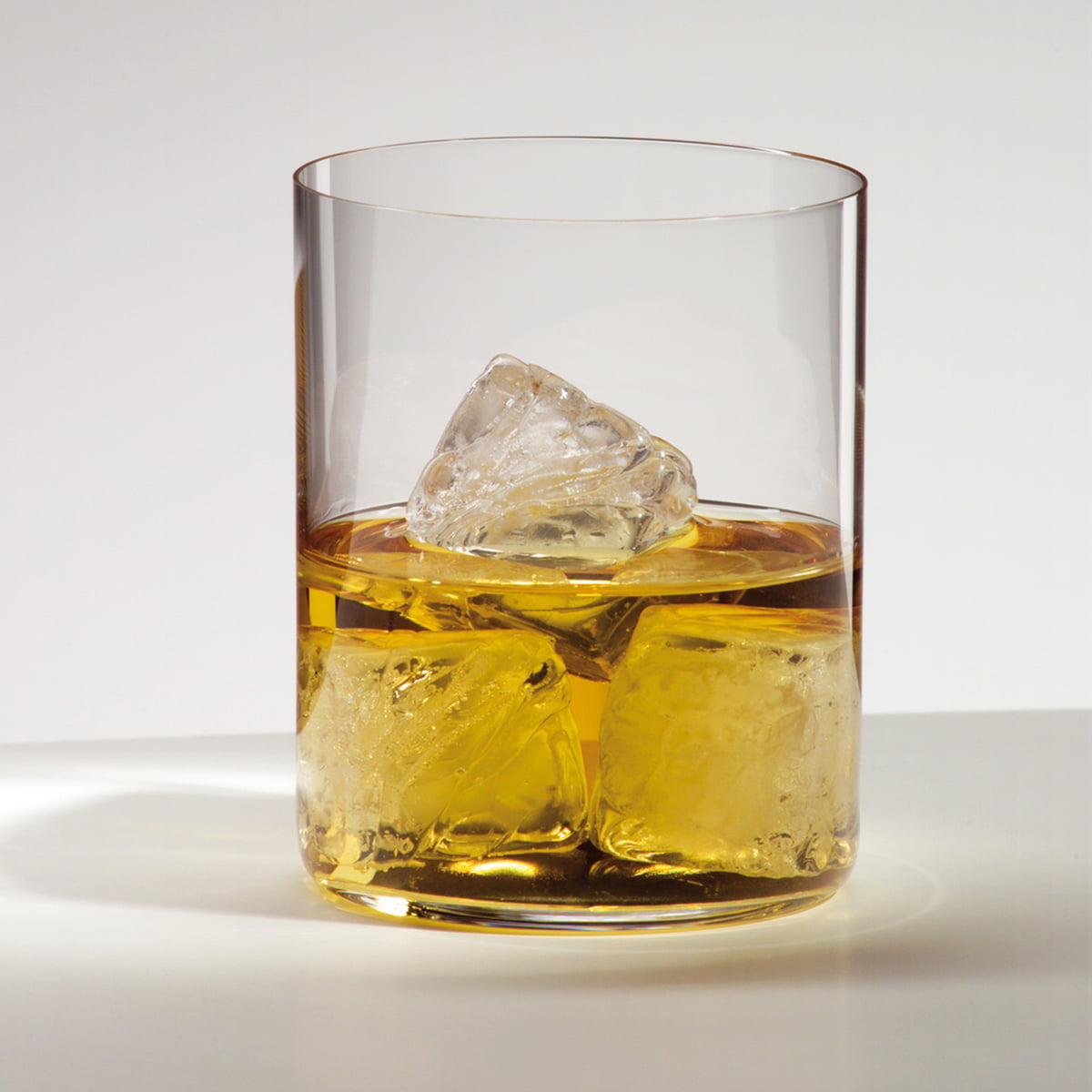 o wine whisky glass set of 2 by riedel. Black Bedroom Furniture Sets. Home Design Ideas