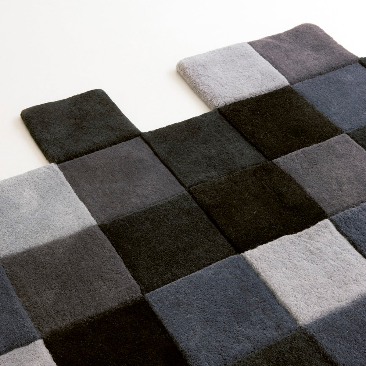 Do Lo Rez Rug With Square Boxes