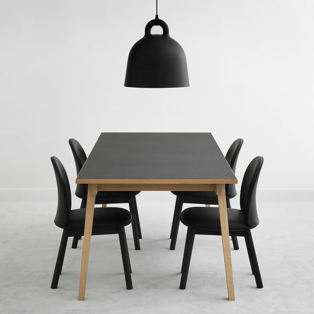 Hochwertig Ace Chair Leather And Slice Table Linoleum With Bell Pendant Lamp
