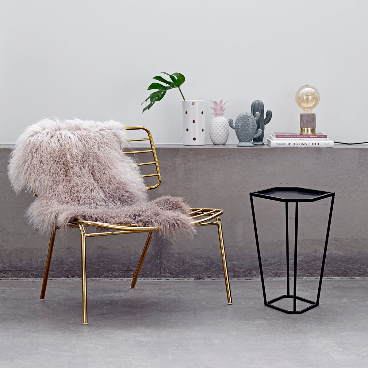 The Bloomingville   Decoration Cactus, Decorative Pineapple And The Tibetan  Lambskin In Dip Dye Stone