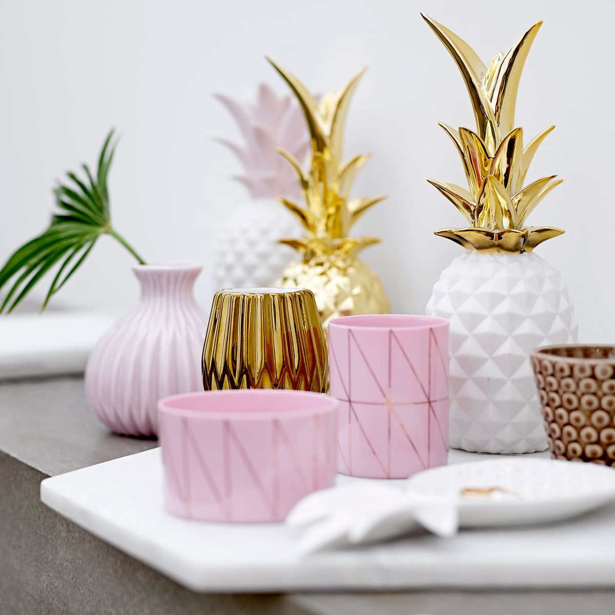 Decorative pineapple by bloomingville shop for Ananas dekoration