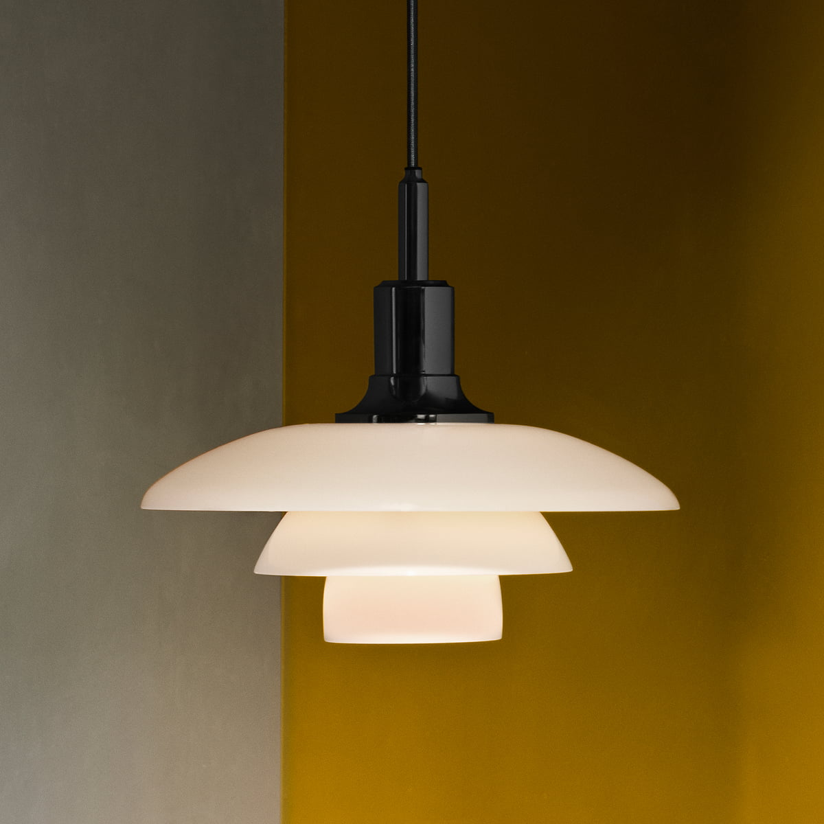ph 3 pendant lamp by louis poulsen. Black Bedroom Furniture Sets. Home Design Ideas