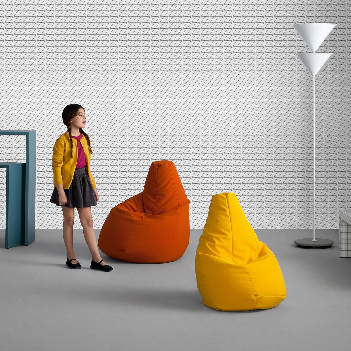 zanotta sacco medium. Black Bedroom Furniture Sets. Home Design Ideas