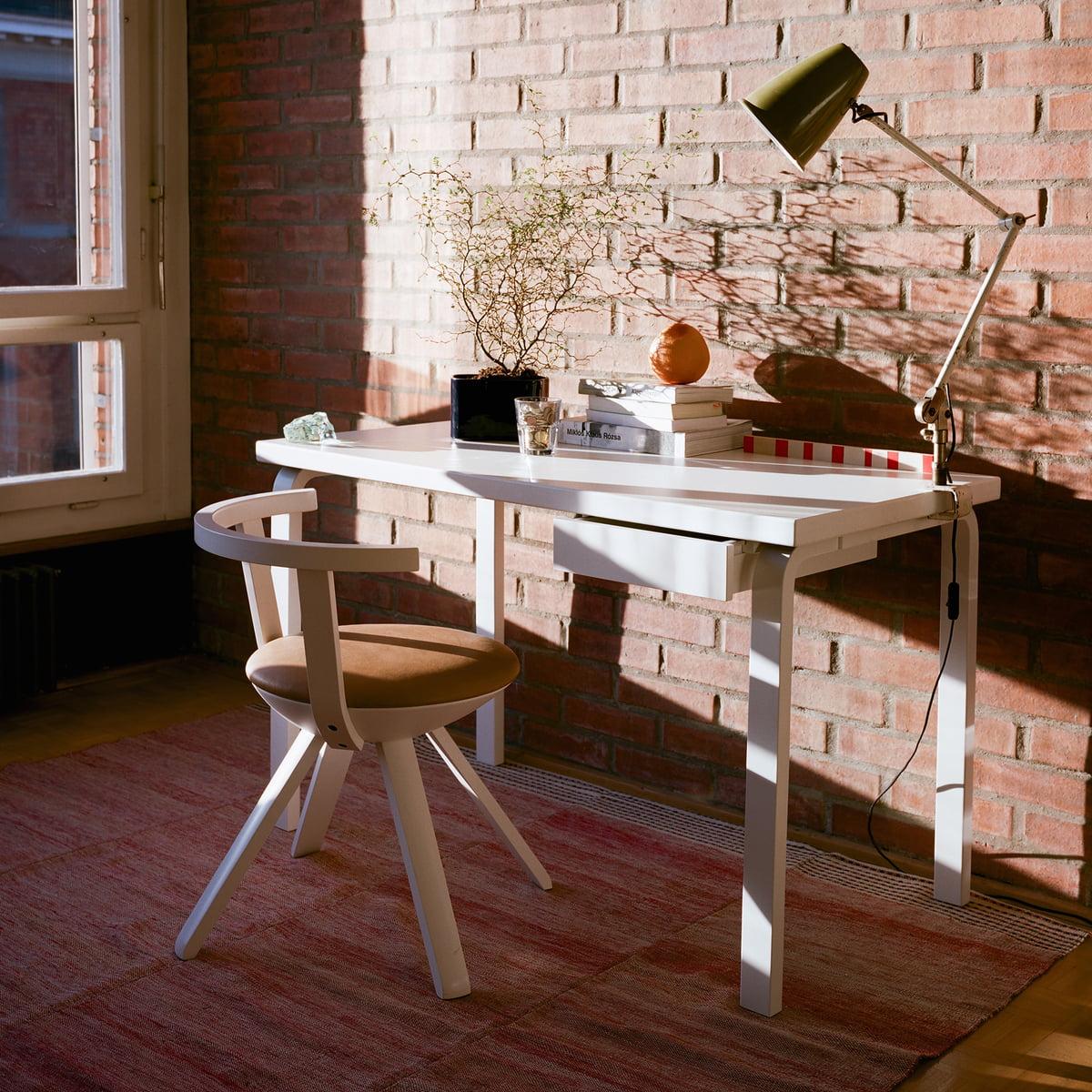 Table 80 by artek connox shop for Schreibtisch 120