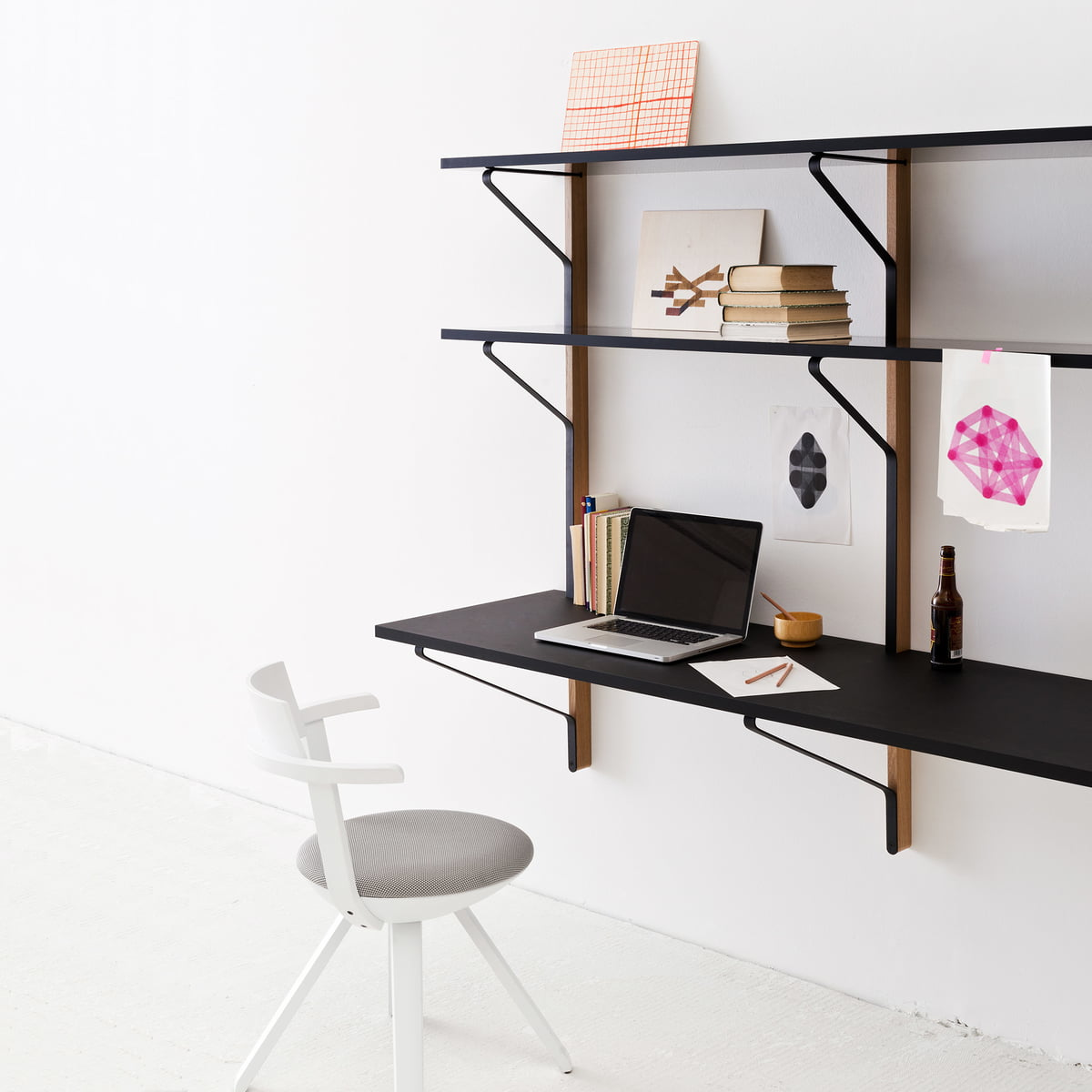 Kaari wall shelf with desk by artek for Schreibtisch klappbar wand