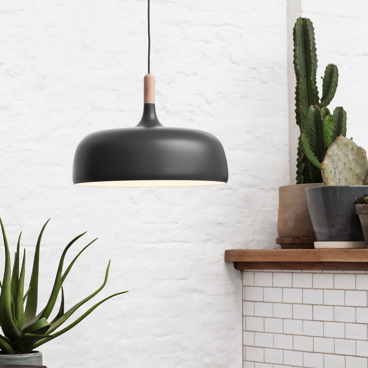 Northern Acorn Pendant Lamp Grey