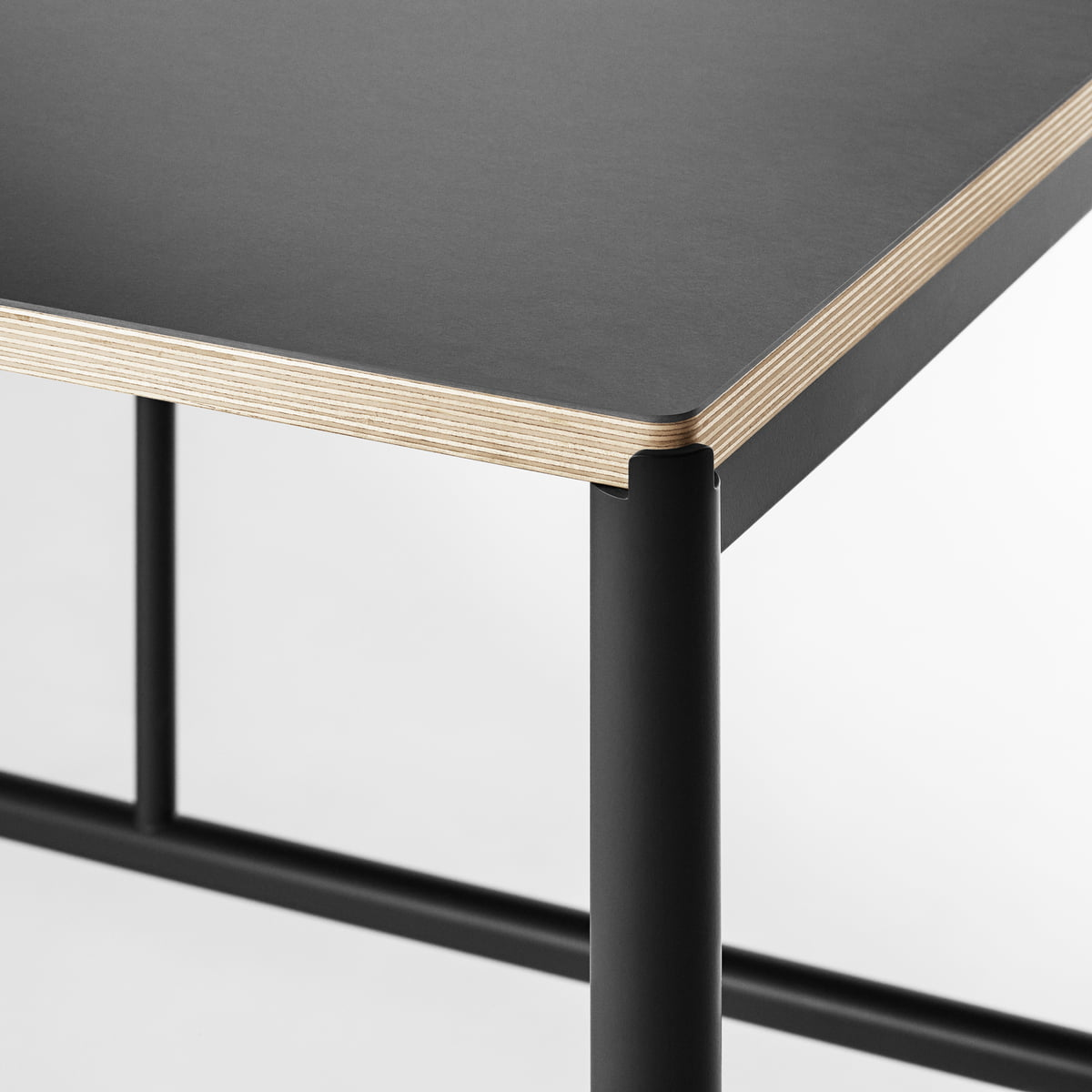 Mies dining table by million connox shop for Linoleum schwarz