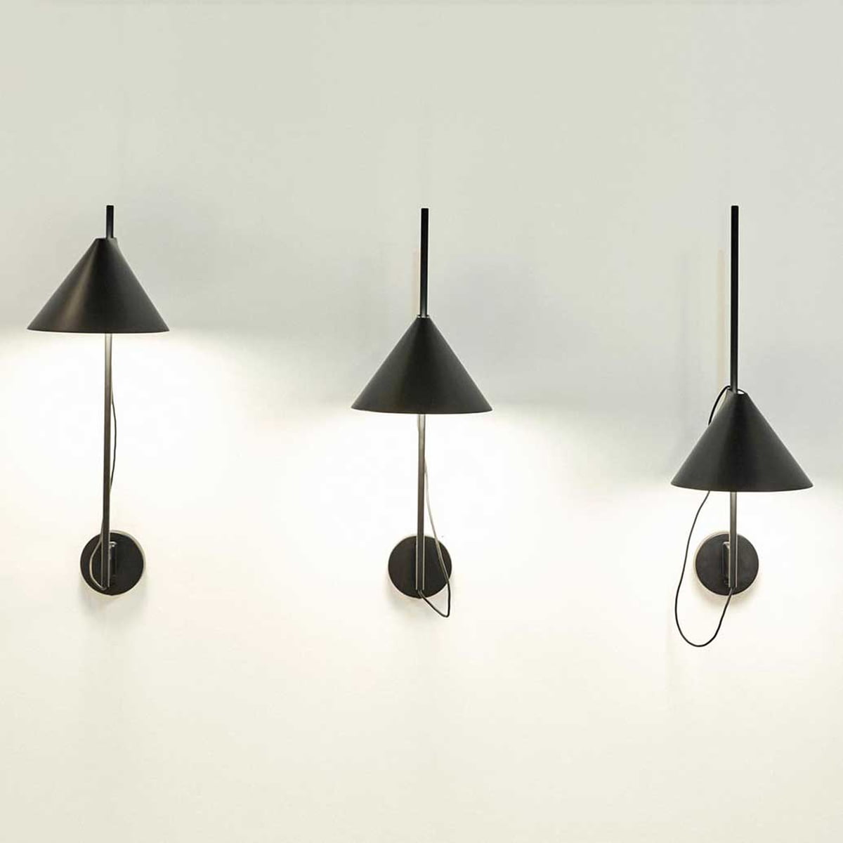 yuh wall lamp by louis poulsen connox. Black Bedroom Furniture Sets. Home Design Ideas