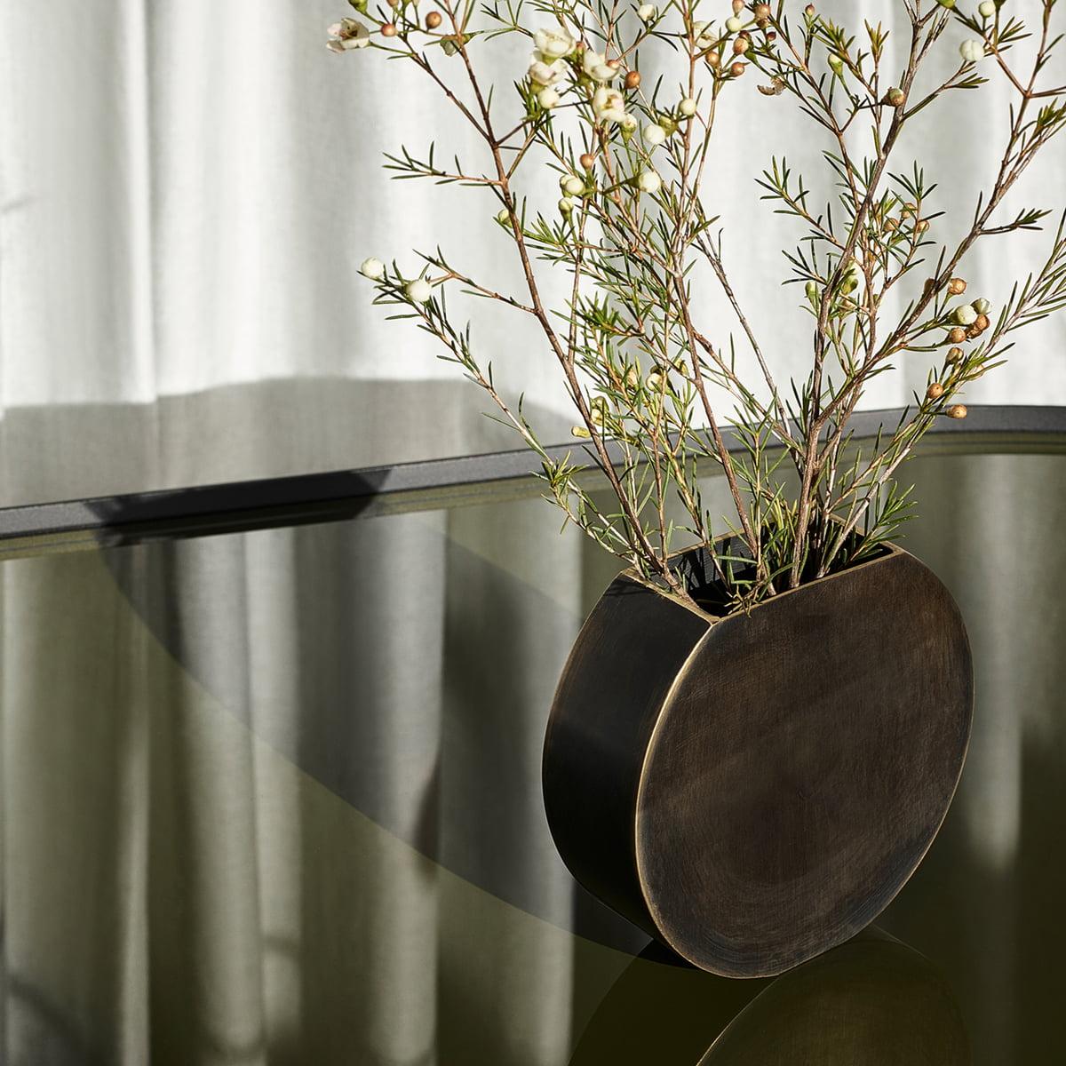 Svært Moon Vase by Menu | Connox Shop QA-44