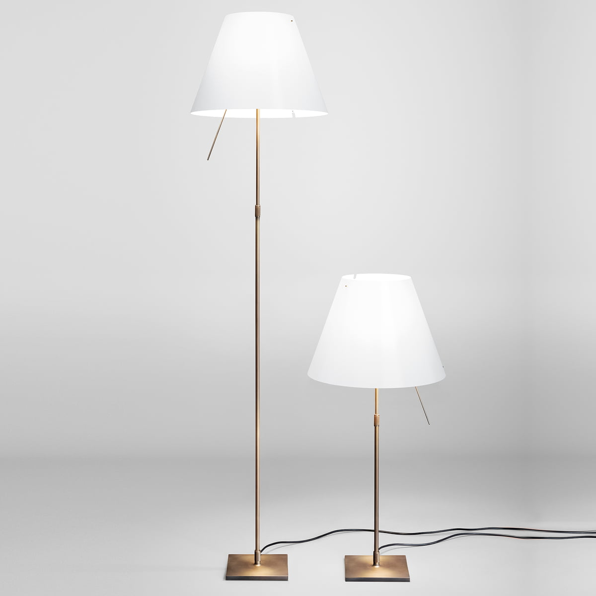costanzina table lamp by luceplan. Black Bedroom Furniture Sets. Home Design Ideas