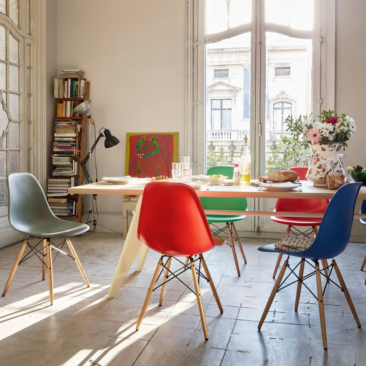 Gentil Eames Plastic Chair DSW With Colourful Seats