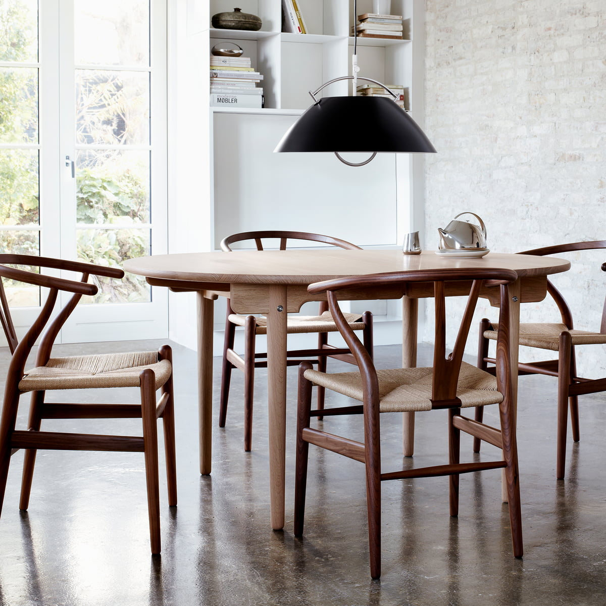 Carl Hansen   CH337 Extendable Dining Table With CH24 Wishbone Chair.