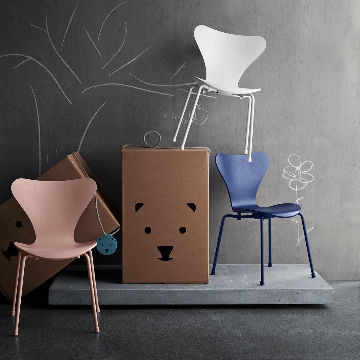 series 7 childrens chair fritz hansen shop. Black Bedroom Furniture Sets. Home Design Ideas
