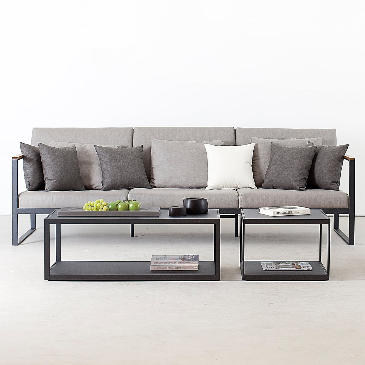 Garden Easy 3 Seater Sofa from Röshults | Connox
