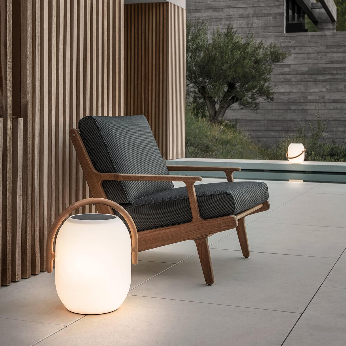 Der Gloster Bay Lounge Chair Mit Co Solarleuchte