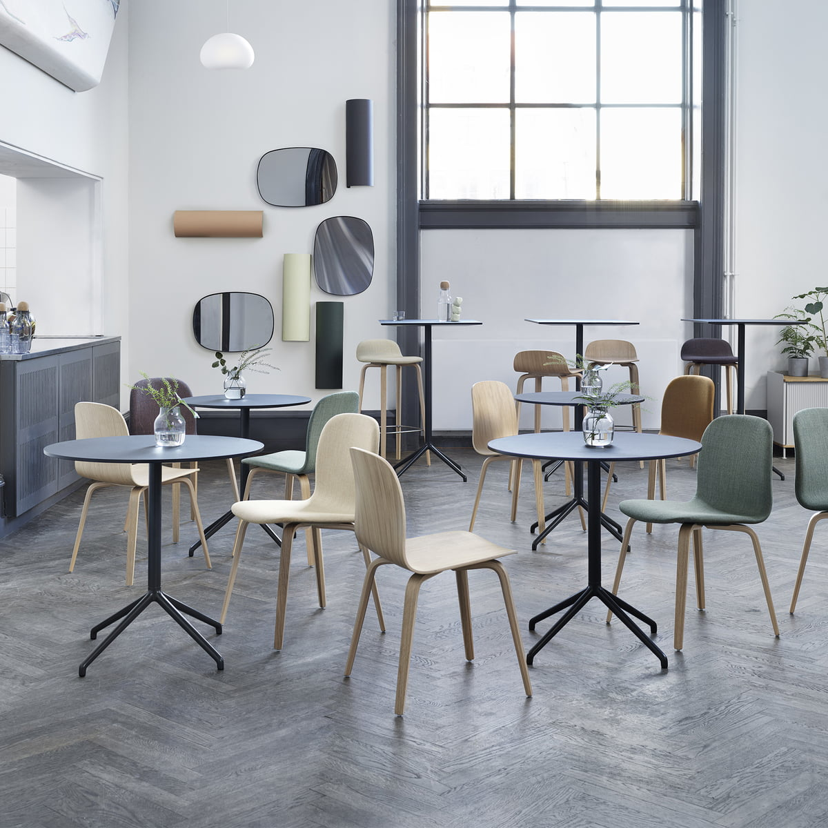 Muuto - Still café table, ø 65 x h 73 cm, black