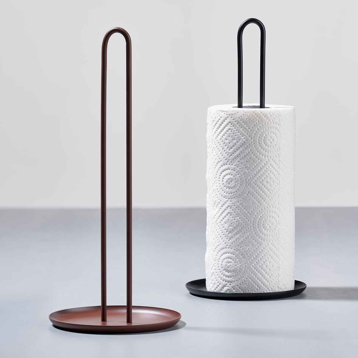 Zone denmark - Singles kitchen roll holder, ø 14,5 x h 32 cm, black